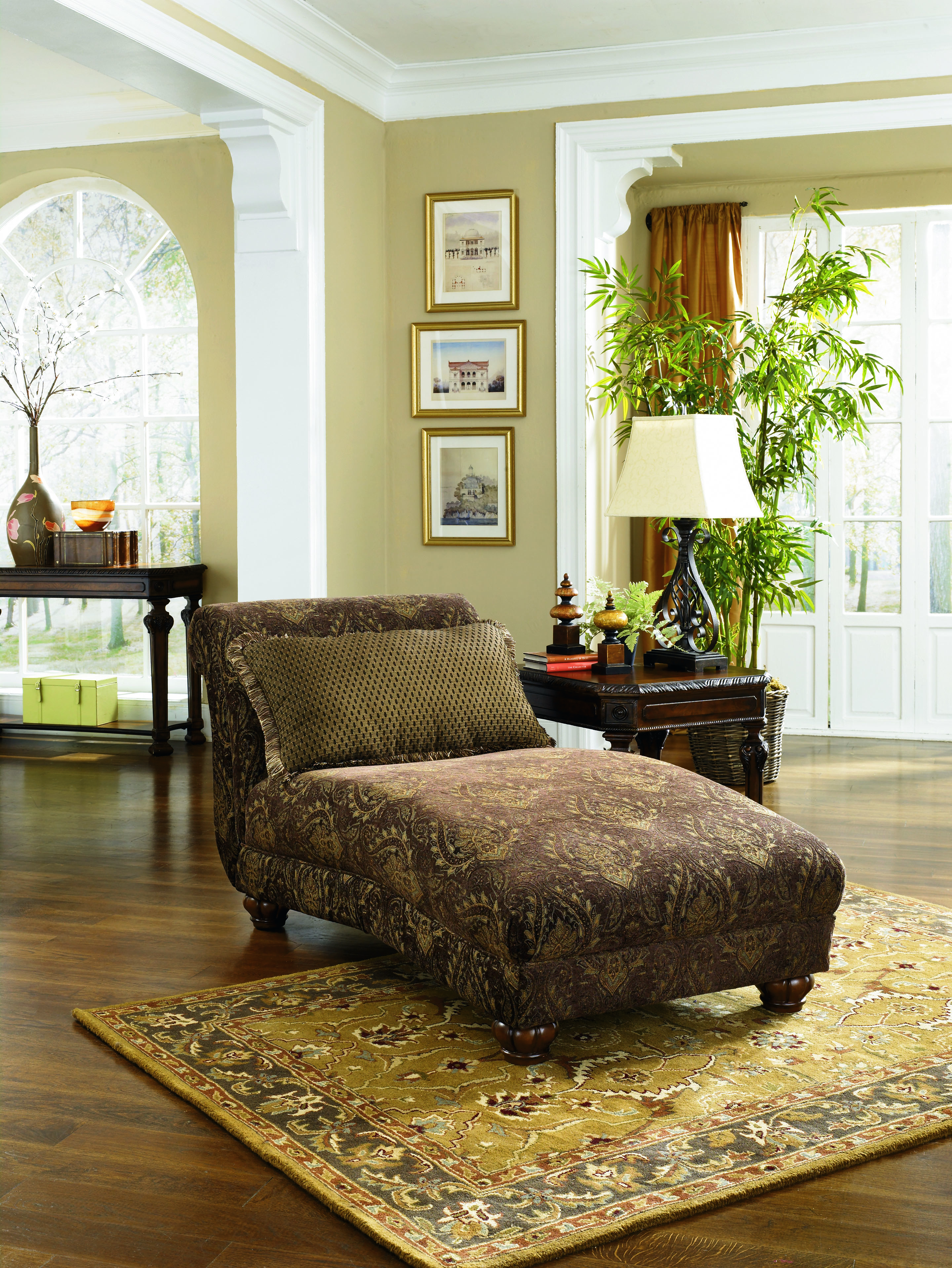 antique living room chaise