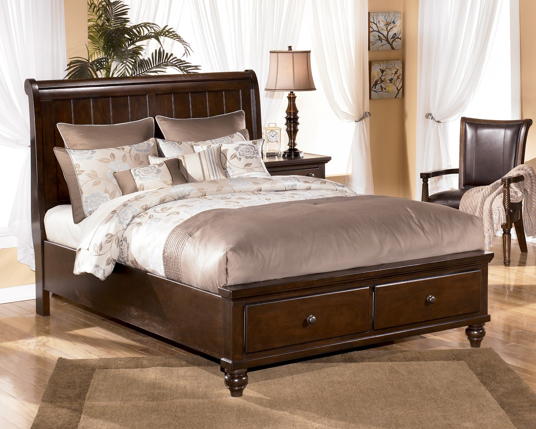 692 signature design by ashley camdyn sleigh bed 866 for Ashley furniture