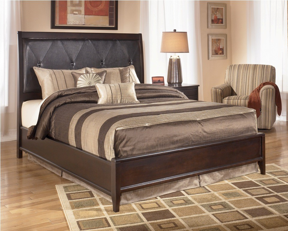 Furniture Bedroom Furniture Collection Naomi Collection