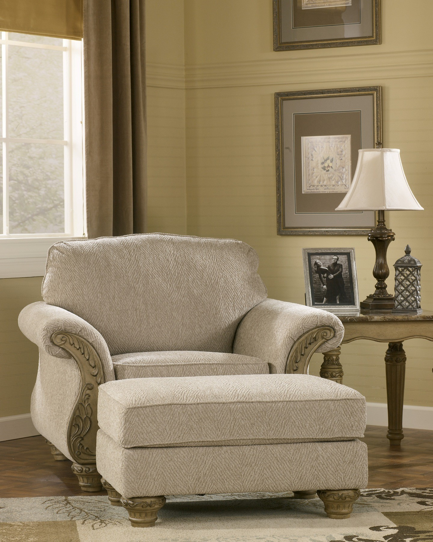 Furniture Living Room Furniture Accent Chair Amber Accent Chair